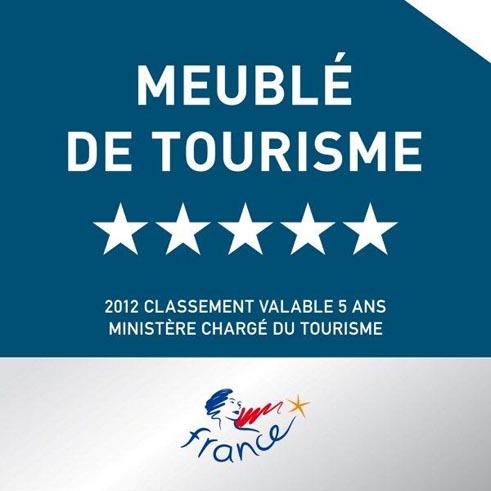 Premier classement meubl de tourisme 5 toiles en for Meuble 5 etoile soukra